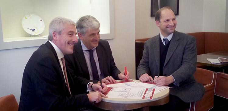de gauche à droite : Pierre Massy, vice-président de la CCI Nouvelle-Aquitaine, Bernard Uthurry, vice-président de la Région Nouvelle-Aquitaine et Grégory Rosenblat, représentant du réseau des CMA.