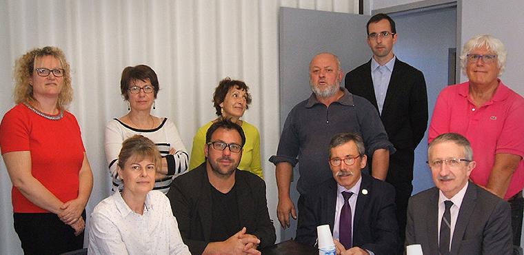 Jean-Pierre Gros, Président de la CRMA (en b. à d. sur la photo), entouré des membres de jury, GARANCE, Conseil Régional, DIRECCTE et élus de la CRMA Nouvelle-Aquitaine.