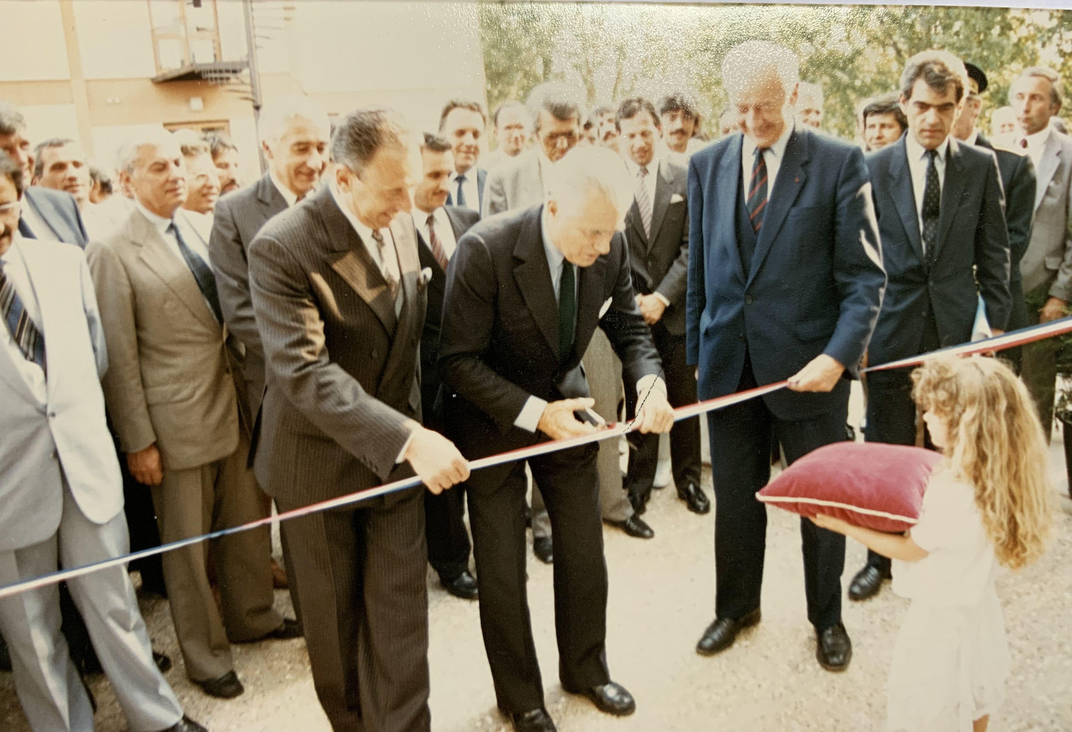 1986, Mont-de-Marsan, inauguration de la CMA avec notamment le 1er ministre Jacques Chaban Delmas, le ministre de l'artisanat et du commerce Georges Chavannes et le président du conseil départemental Henri Emmanuelli